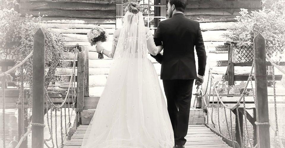 هشت قانون در دوران نامزدی