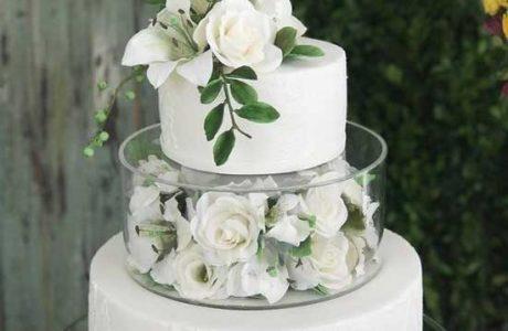 کیک عروسی سفید