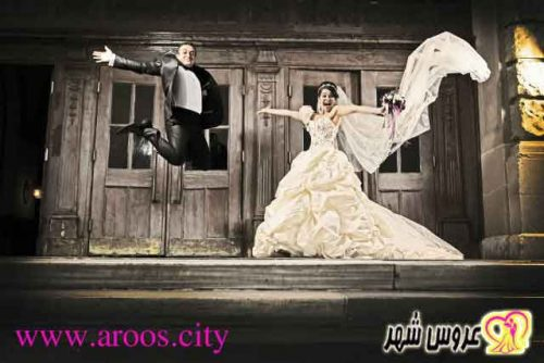 گرفتن عکس از عروس و داماد