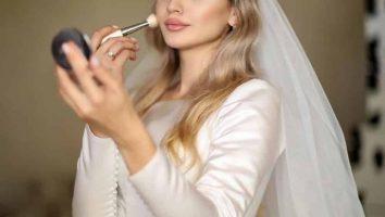 آرایش گونه عروس